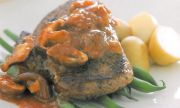 Peppercorn-beef-with-portmushrooms